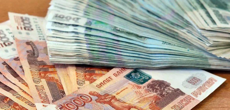ВТБ, Уралсиб и Новикомбанк снижают ставки по кредитам