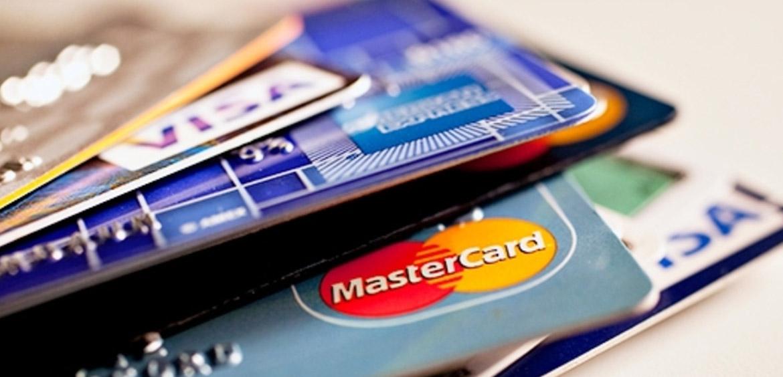 Markswebb: самые удобные банки для оформления дебетовых карт