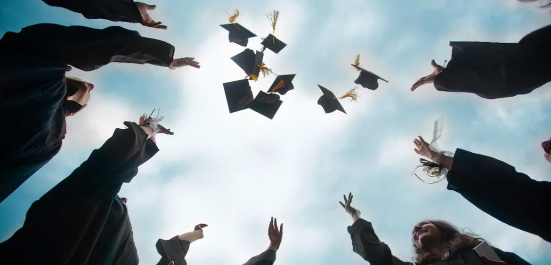 Минтруд предложил субсидировать работодателям наем выпускников