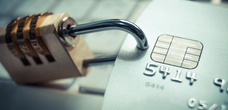 Страхование карт от мошенничества – новый тренд в России