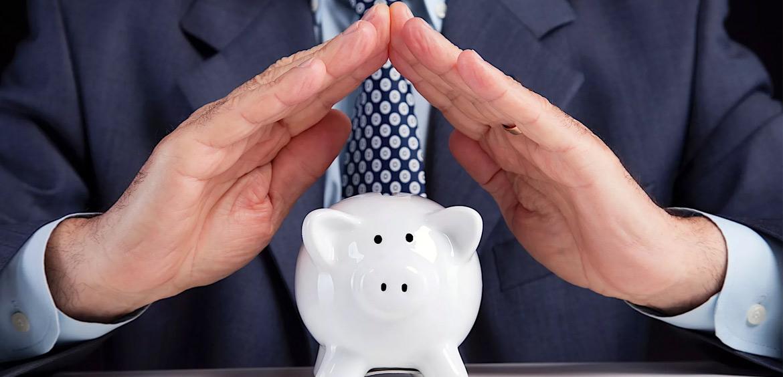 Принят закон о защите минимального дохода должников