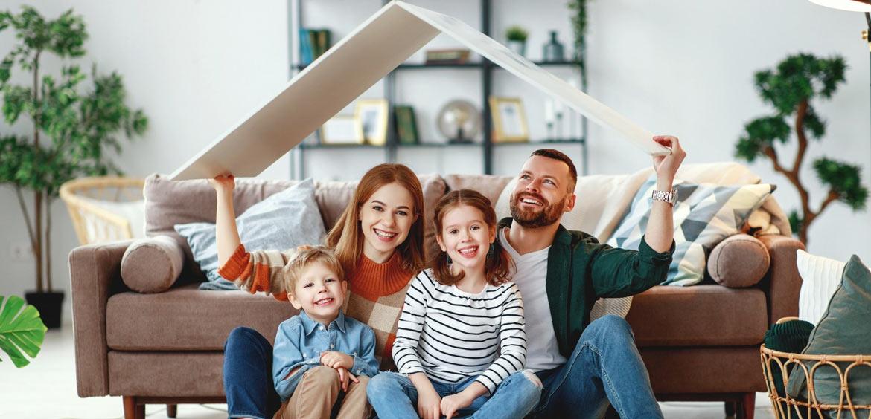 Семейную ипотеку продлили до 2024 года