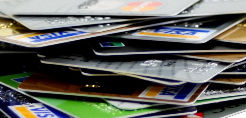В сентябре выдано на четверть больше новых кредитных карт